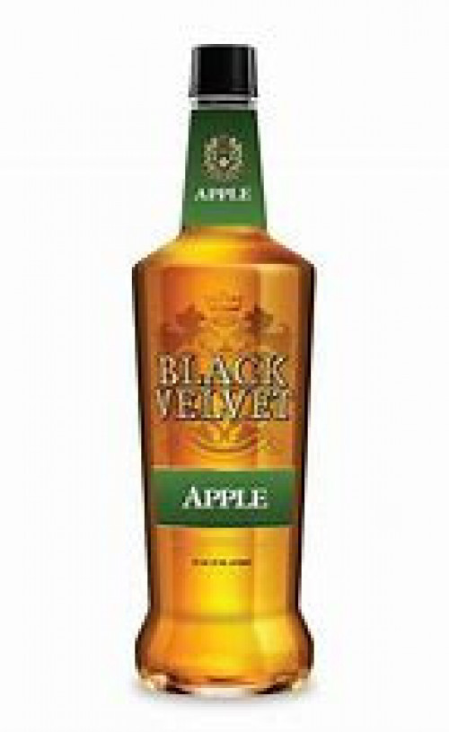 Black Velvet Apple Flavored Whisky 750